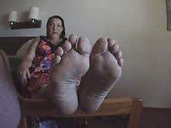 Sexy milf soles